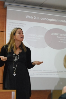 Sandra Sieber al VIè Cafè Digital TICAnoia-UEA Igualada 23/11/2010. Foto Marc Mañé