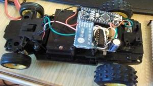 Cotxe amb Arduino (inQuiet)