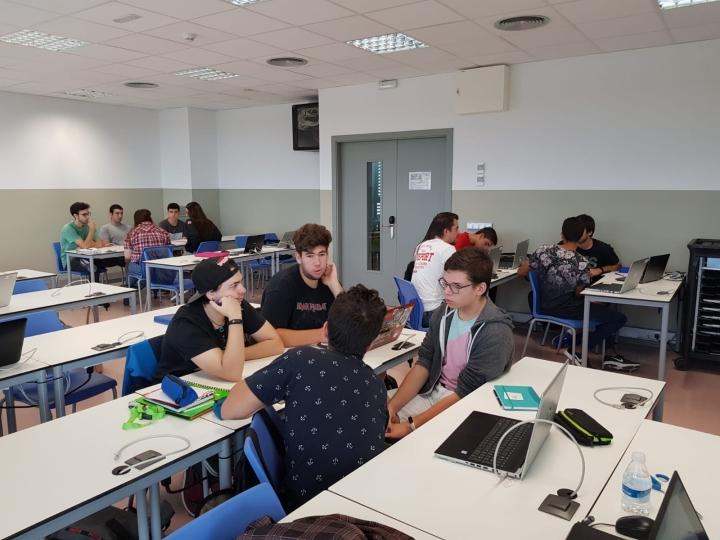 Estudiants de Grau TIDC